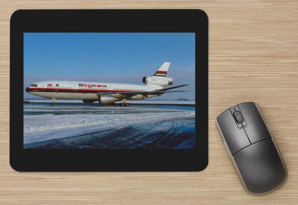 LAKER Airways Douglas DC10 -30 in the snow - MOUSE MAT