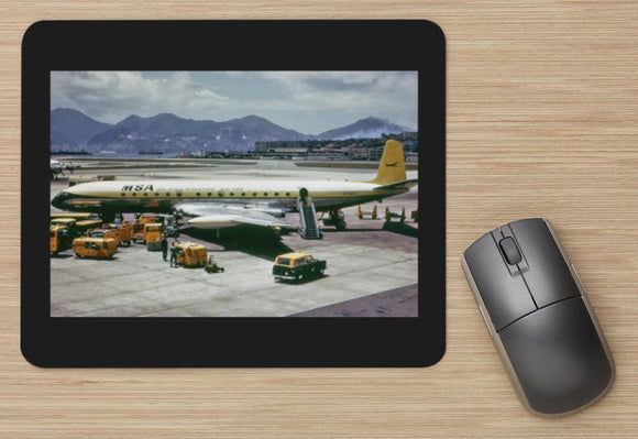 Malaysian Airlines Comet 4 at Kai Tak airport  - MOUSE MAT