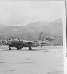 US Navy Neptune at Hong Kong Kai Tak 1954 -  ORIGINAL PRINT -  6 x 6 cm