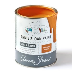A litre of Chalk Paint® by Annie Sloan ™ in Barcelona Orange