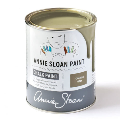 A litre of Chalk Paint® by Annie Sloan ™ in Chateau Grey