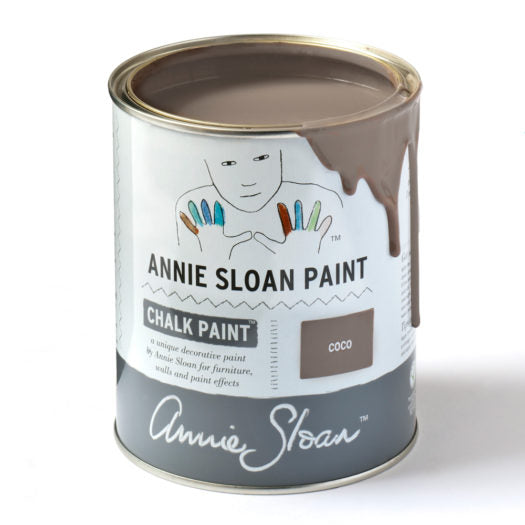 A litre of Chalk Paint® by Annie Sloan ™ in Coco
