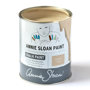 A litre of Chalk Paint® by Annie Sloan ™ in Country Grey