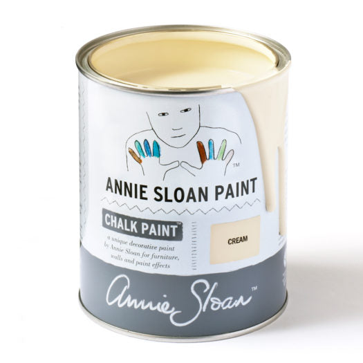 A litre of Chalk Paint® by Annie Sloan ™ in Cream