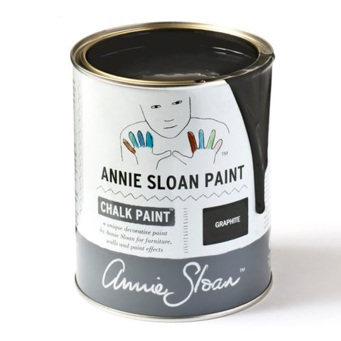 A litre of Chalk Paint® by Annie Sloan ™ in Graphite