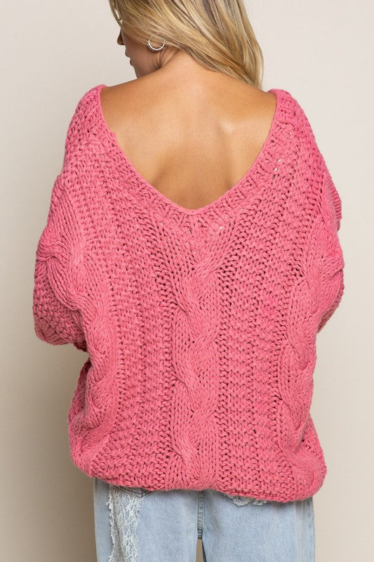 QUEENIE SWEATER