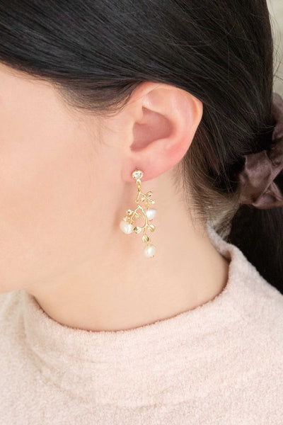 ROYAL POSEY EARRINGS