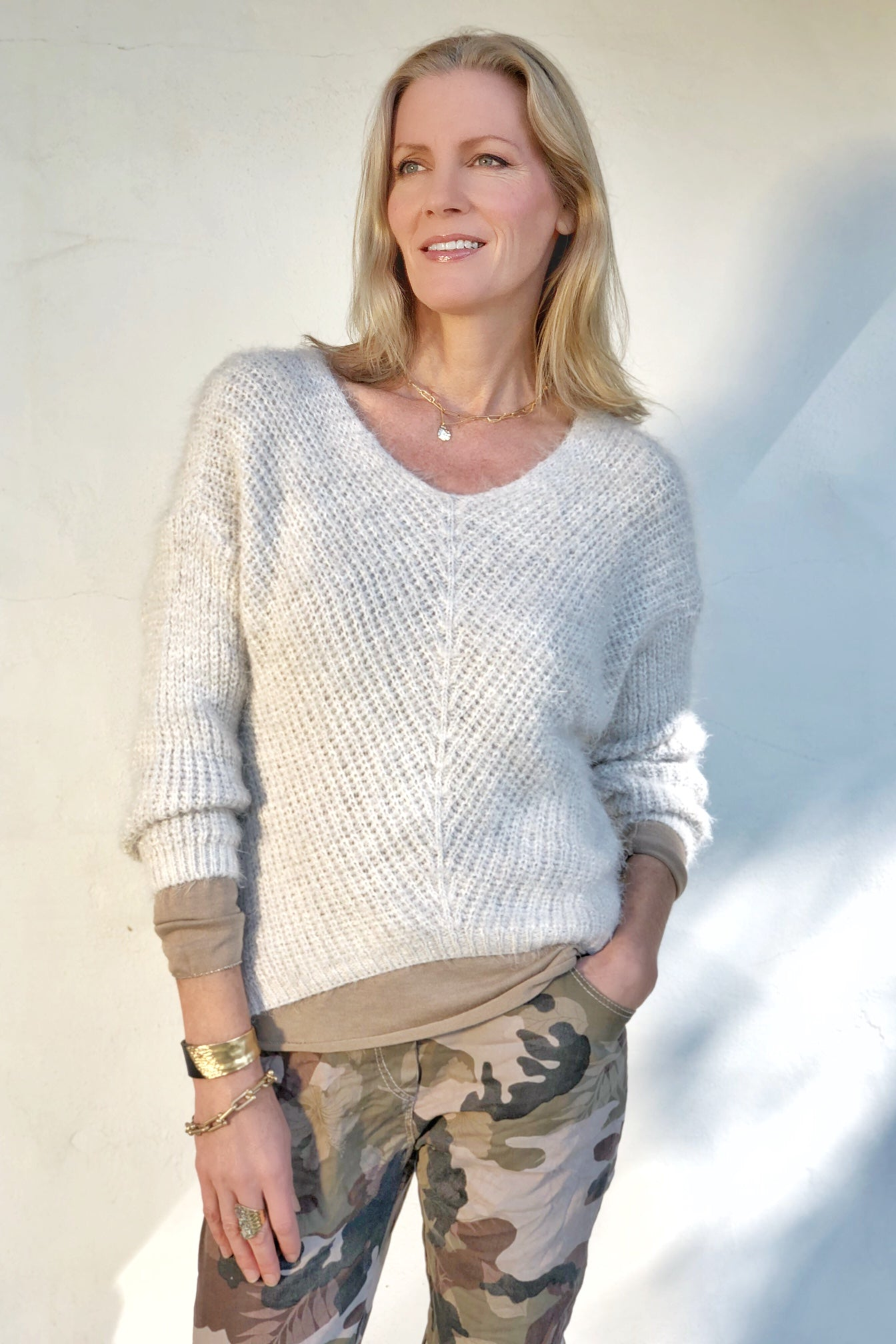 TAWNY HORIZON SWEATER