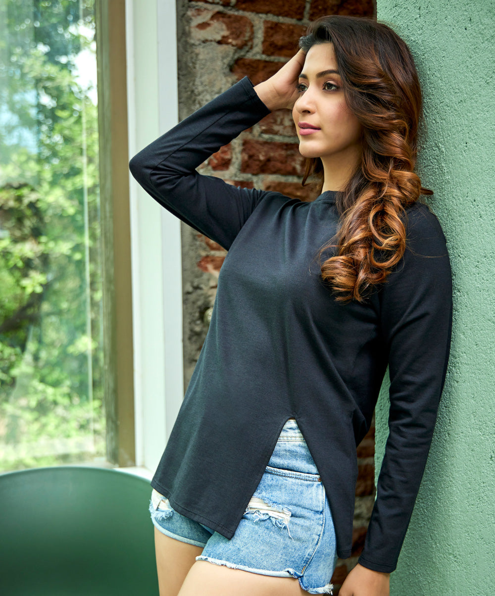 Side Slit Black Long Sleeve T-Shirt
