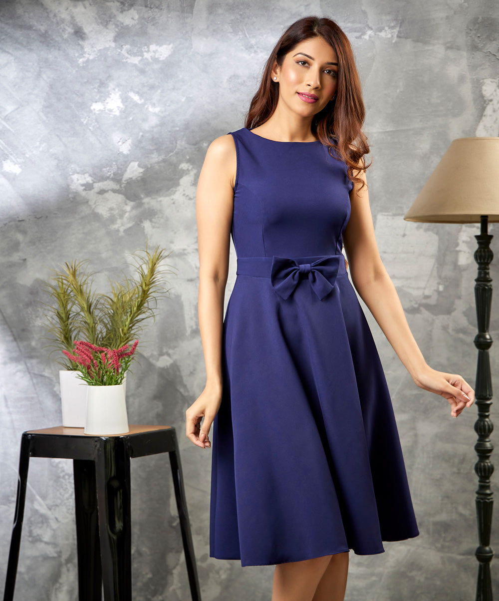Center Bow Knee Length Dress