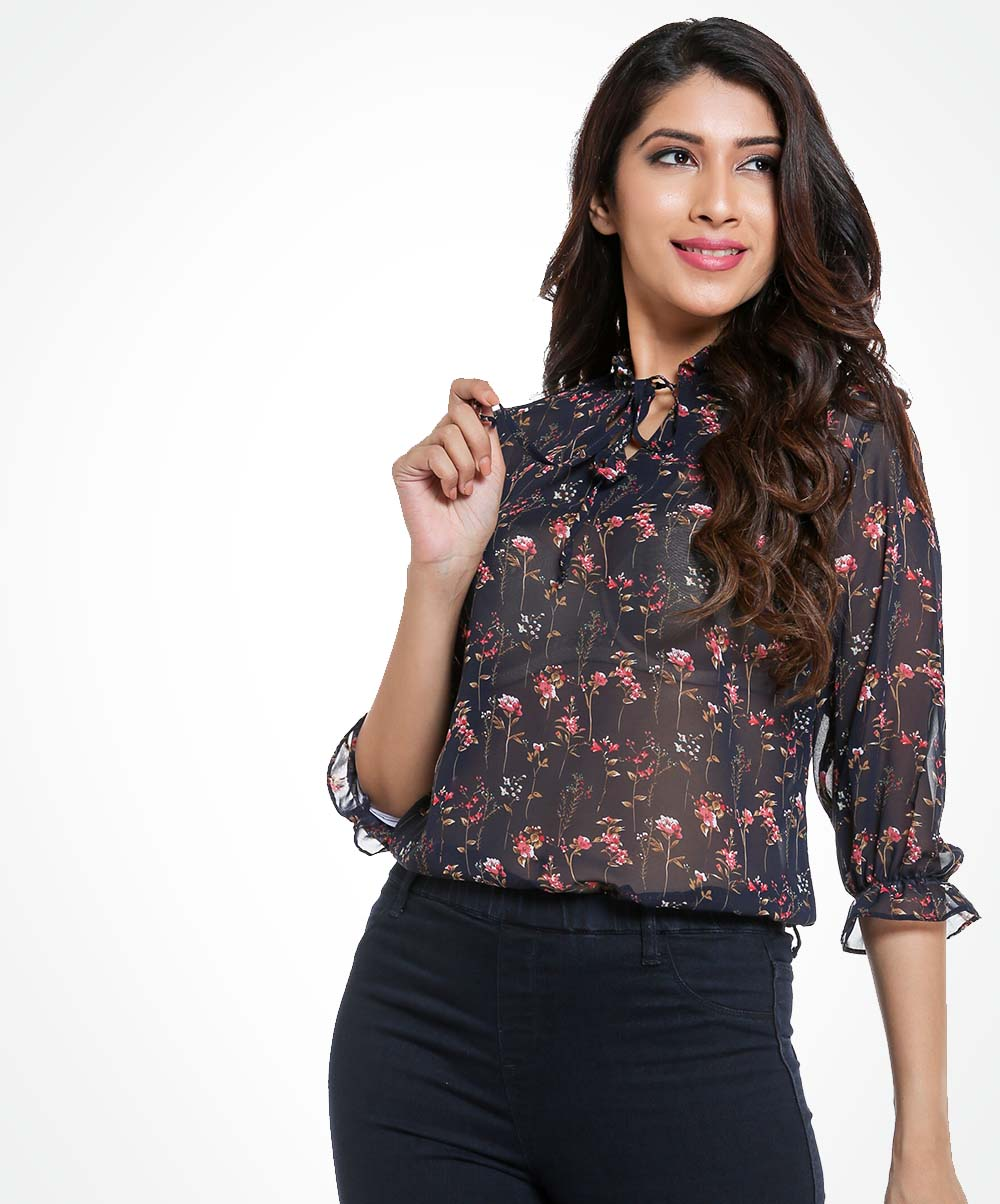Black Neck Tie Detailed Chiffon Top