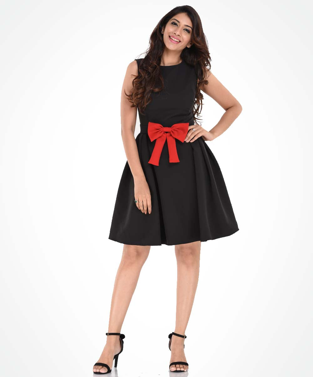Black Sleeveless Red Bow Waist Dress