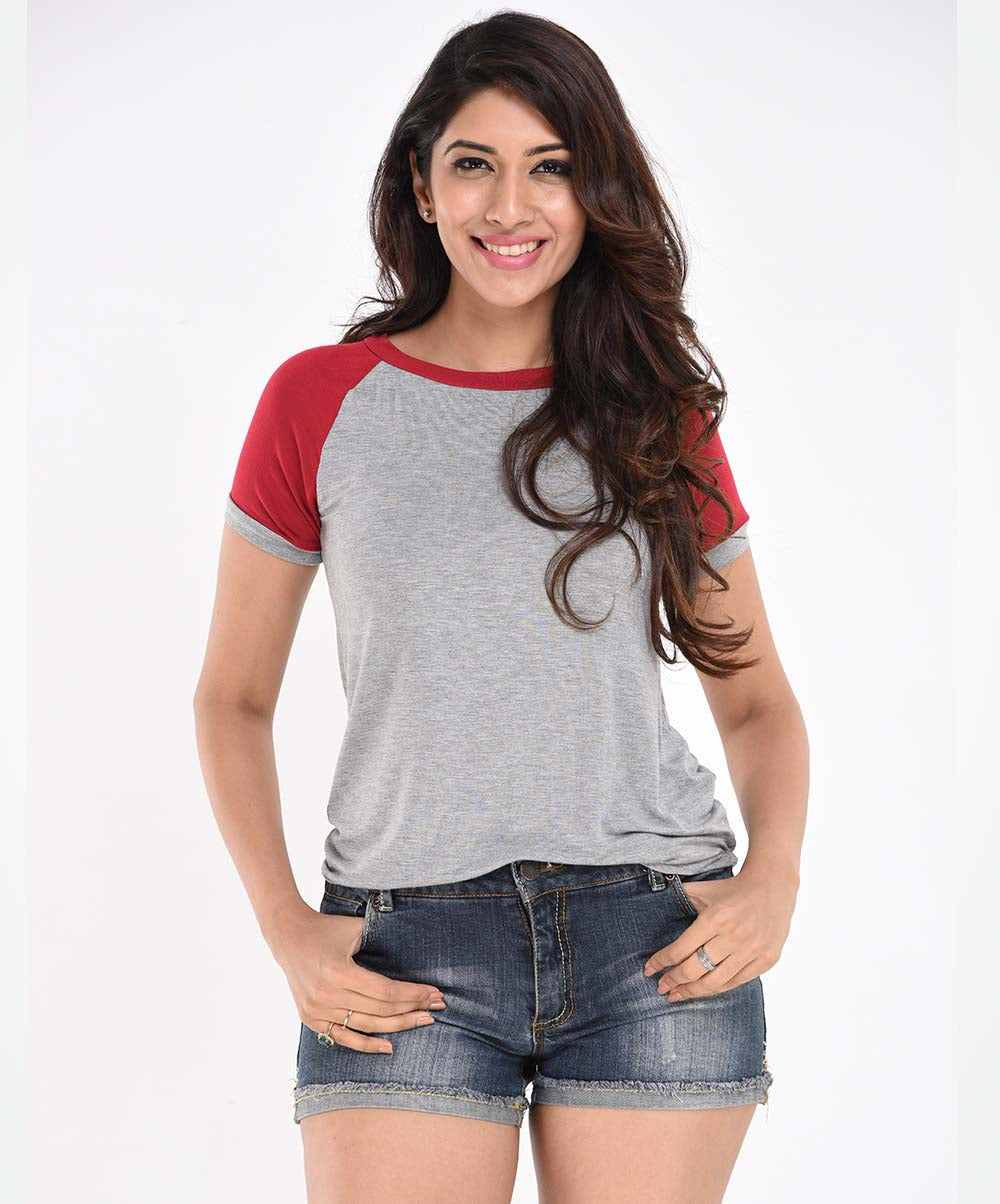 Red Sleeves Grey Base Knit T-Shirt