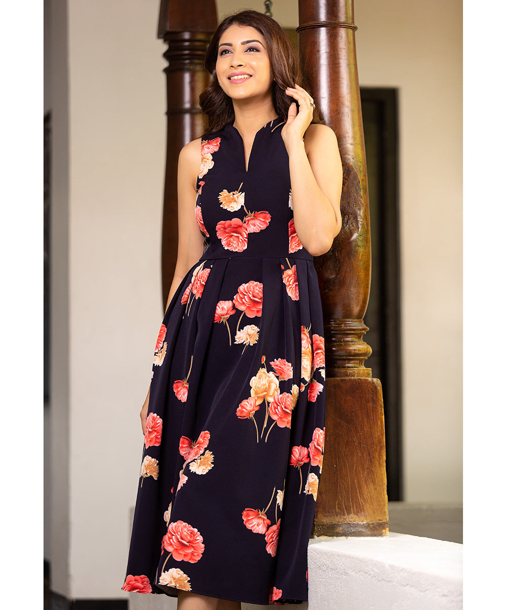 V Neck Sleeveless Floral Dress