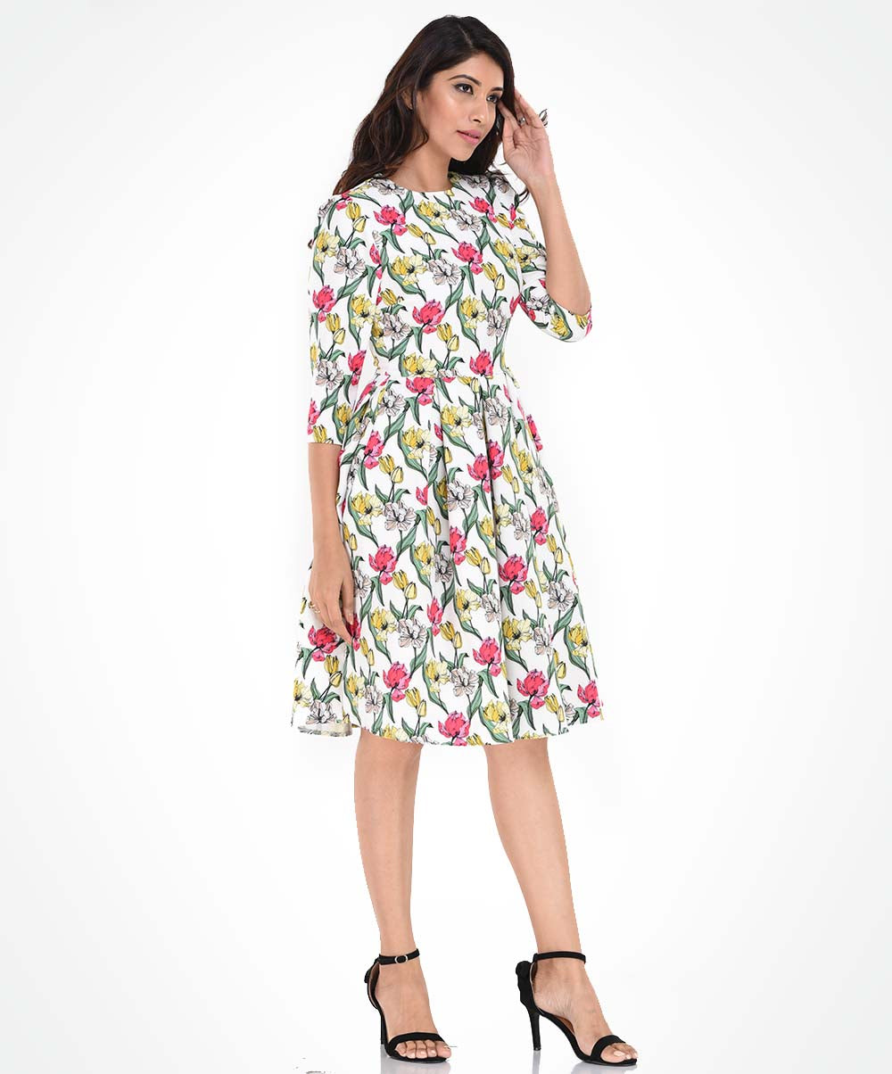 Long Sleeve Pleated Floral Printed Dress