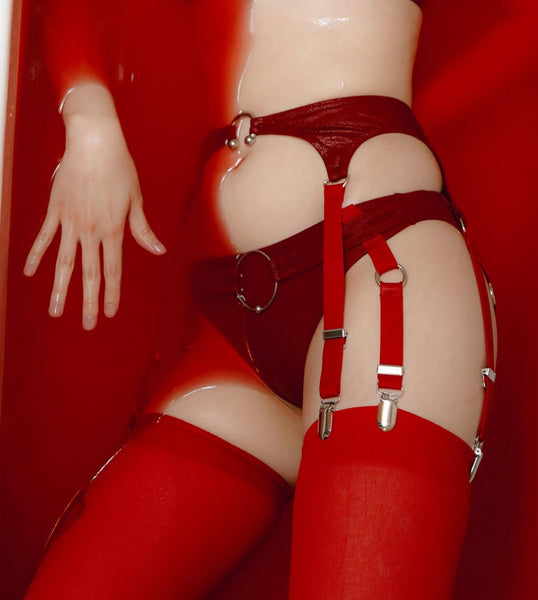 Telekinesis Garter Brief In Red