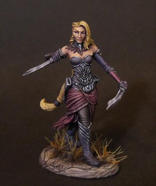 Female Elven Rogue DSM-7487 | Ettin Games