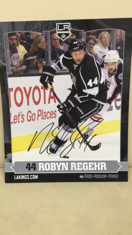 Robyn Regehr Autographed 8 x 10 Player Card