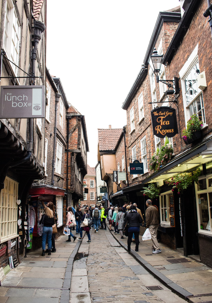 THE 10 BEST PLACES TO VISIT IN ENGLAND