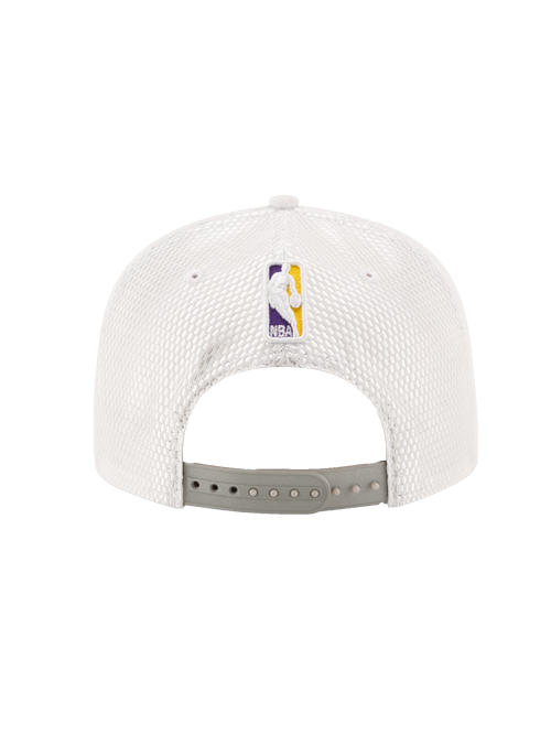 Los Angeles Lakers 2017 Draft 9FIFTY On Court Mesh Suede Snapback - White