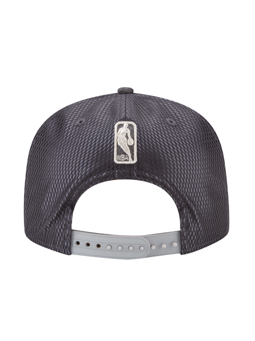 Los Angeles Lakers Youth 9FIFTY On Court Lux Mesh Faux Suede Snapback Cap