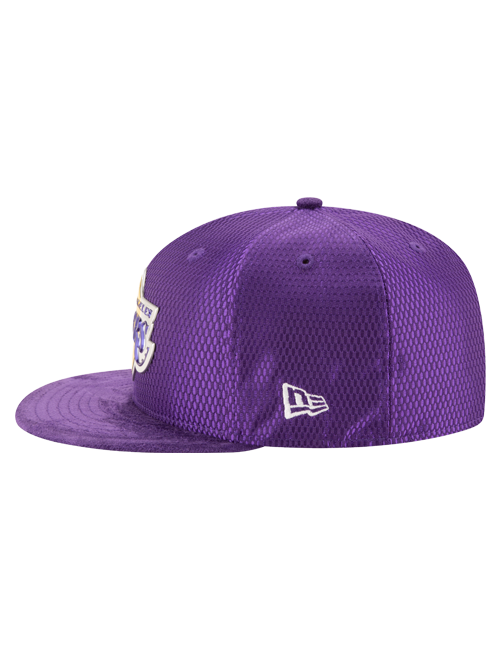 Los Angeles Lakers 2017 Draft 5950 On Court Mesh Suede Fitted Cap - Purple
