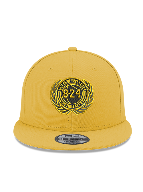 Kobe Bryant 9FIFTY Gold Retirement Patch Snapback Cap