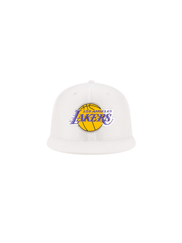 Los Angeles Lakers 2017 Youth Draft 950 On Court Mesh Suede Snapback - White