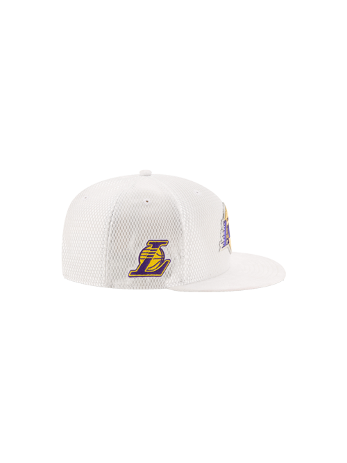 Los Angeles Lakers 2017 Youth Draft 9FIFTY On Court Mesh Suede Snapback - White