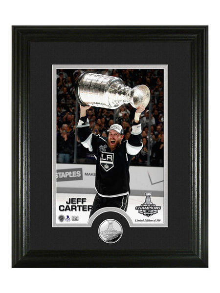 Los Angeles Kings Jeff Carter Hoist The Cup Photomint