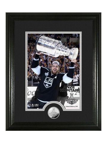 Los Angeles Kings Anze Kopitar Hoist the Cup PhotoMint