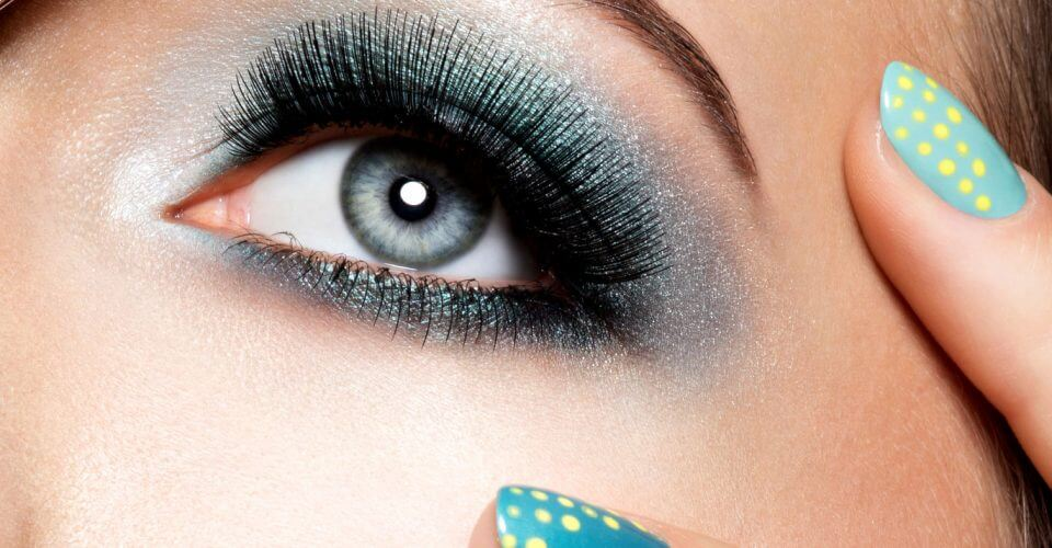 10 Makeup Tips Anyone with Hooded Eyes Should Know | Beth Bender Beauty