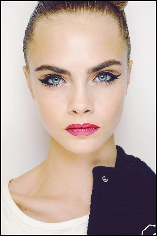 Get Cara Delevingne's Cat Eye Makeup | Beth Bender Beauty