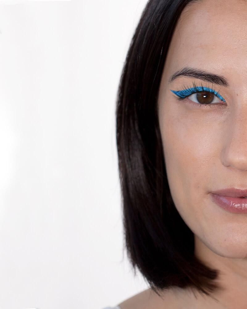 Gel Eyeliner Frosting Jay Blue - Beth Bender Beauty