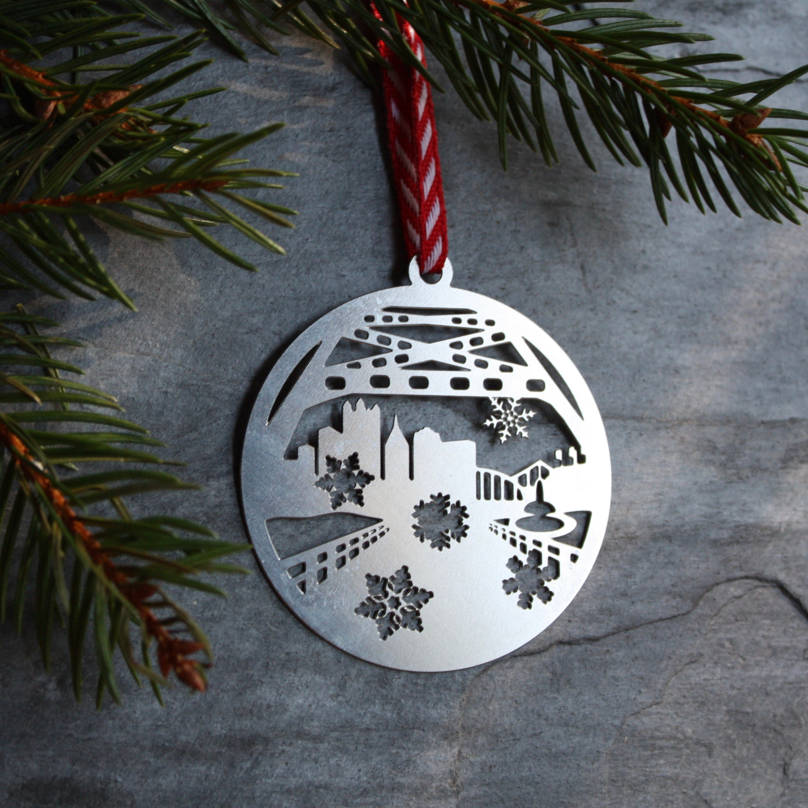 Pittsburgh Ornament | Fort Pitt Bridge City View with Snowflakes
