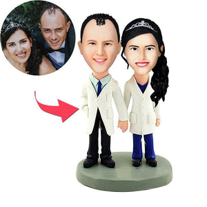 AU Sales-Custom Doctors Couple Bobbleheads With Engraved Text
