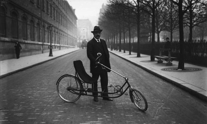 French_recumbent_bicycle_1914_2