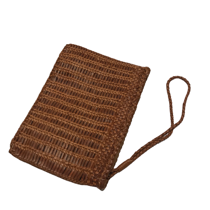 CHRISTINE | Tan Woven Calfskin Clutch Bag With Wrist Strap