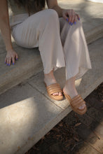 Load image into Gallery viewer, Tan Puff Sandal