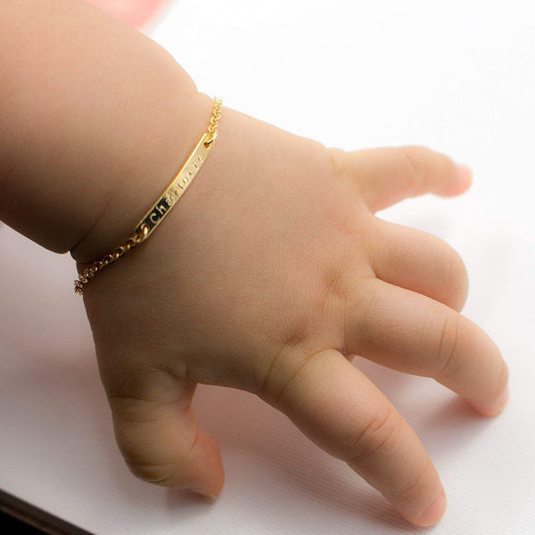 Baby Name Bar id Bracelet Baby Gift 16k Gold Plated Dainty Hand Stamp Personalized Your Baby Name Customized New Born to Children First Birthday Great Gift