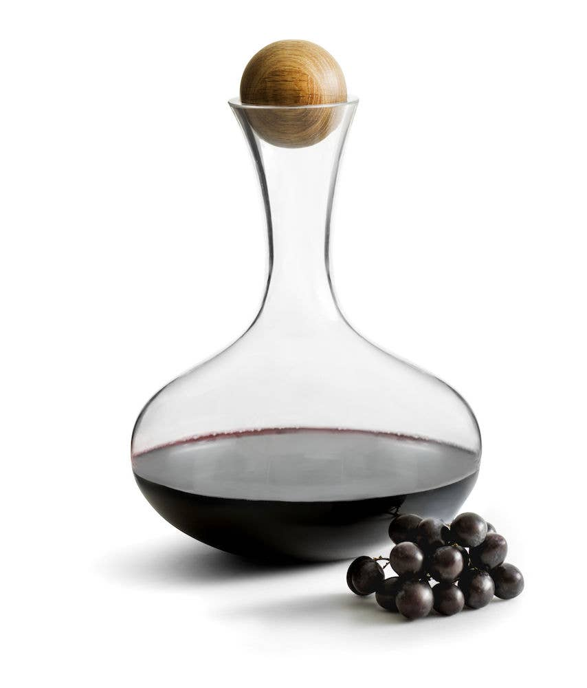 Red Wine Carafe with Oak Stopper