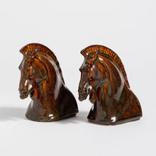 Load image into Gallery viewer, Horse Head Bookends Set