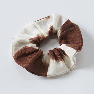 brown anna scrunchie - maas by slightly east