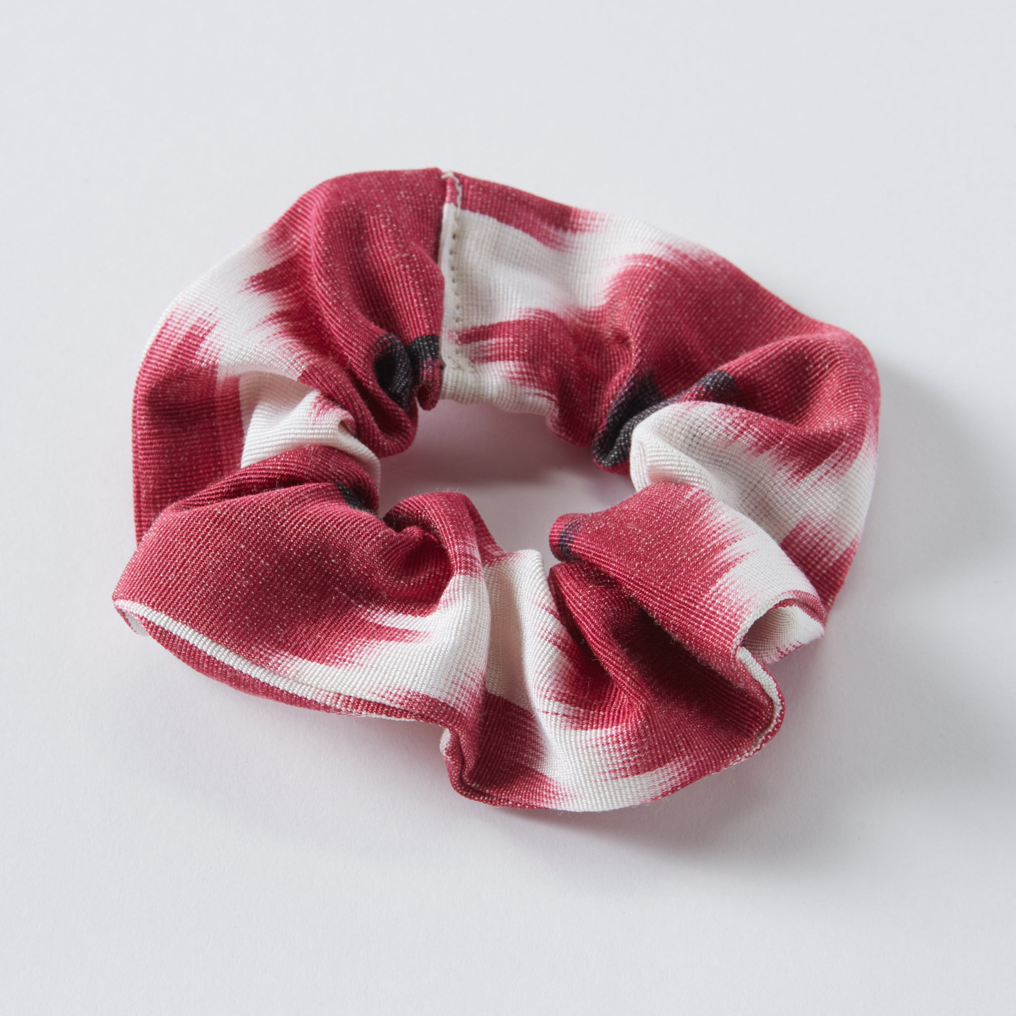 pink anna scrunchie - maas by slightly east