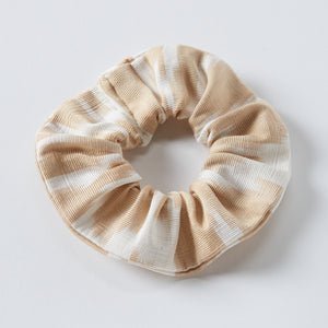 sand anna scrunchie - maas by slightly east