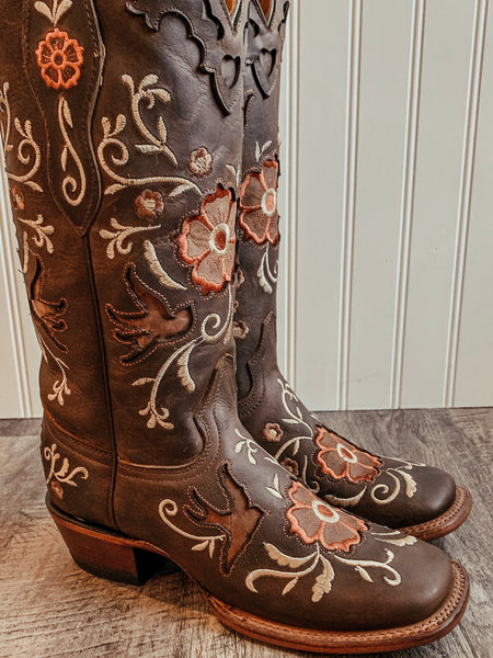Alondra Handmade Floral Boots