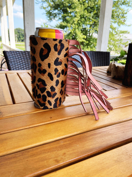 Leopard & Pink Coozie (Skinny Can or Bottle)