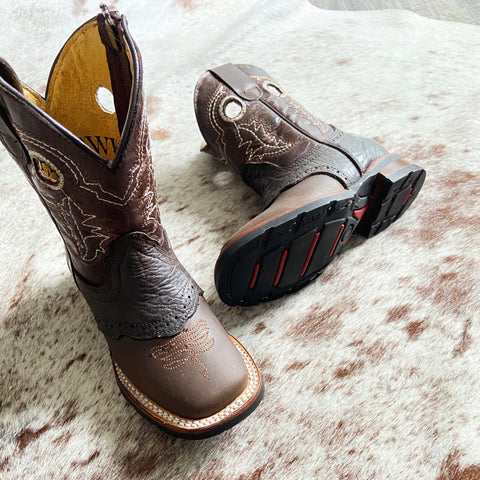 Fort Worth Bull Hide Boot in Mocha