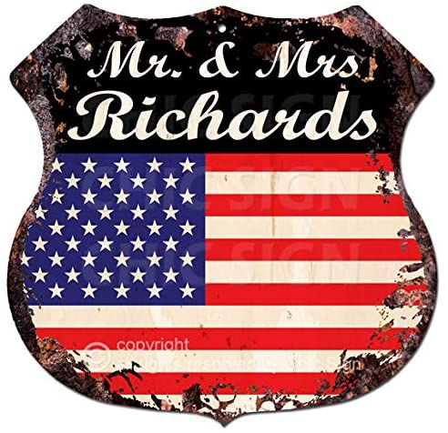 "AMERICA FLAG MR. & MRS RICHARDS Family Name Chic Sign Vintage Retro Rustic 11.5""x 11.5"" Shield Metal Plate Store Home Decor Housewarming Party Gift Ideas"