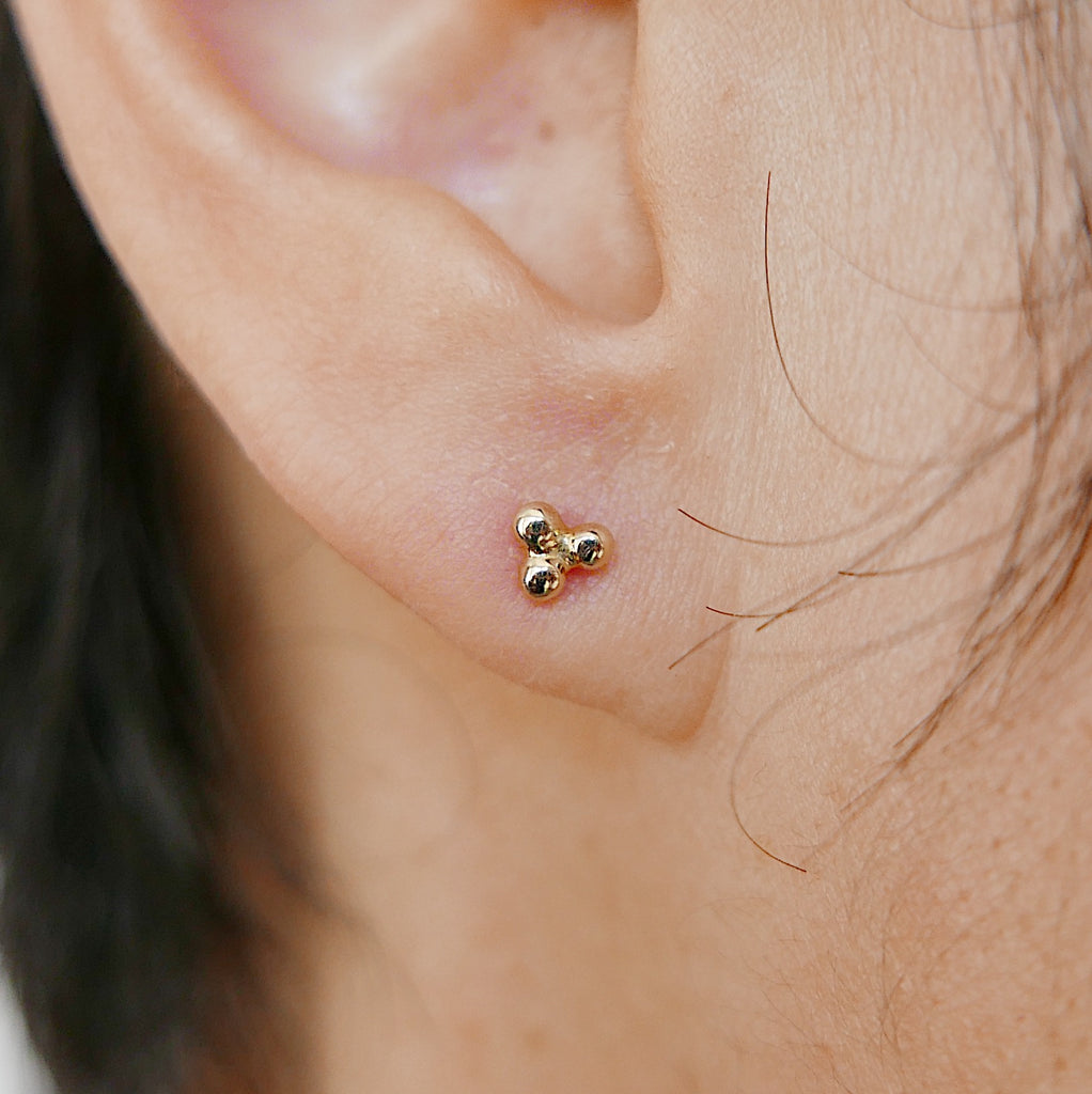 Three Dot Stud Earring